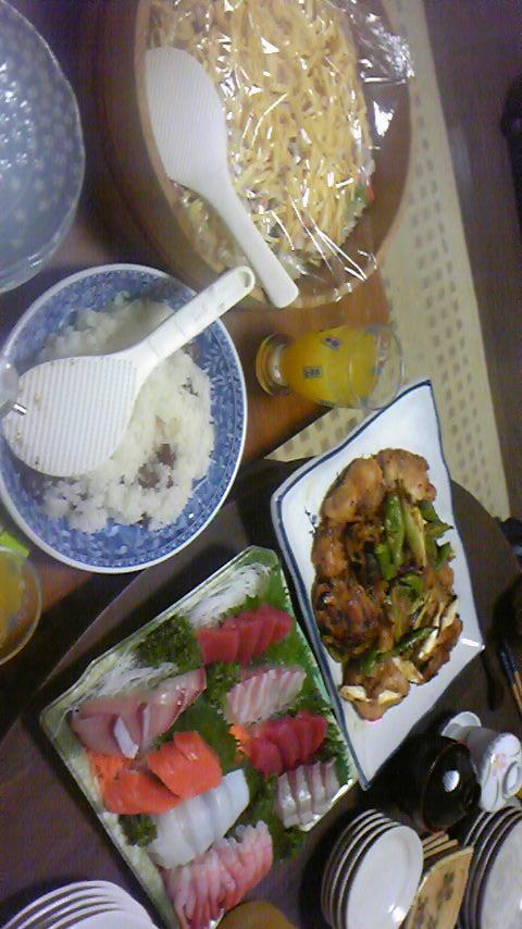 豪華な夕食 (埼玉一日目)